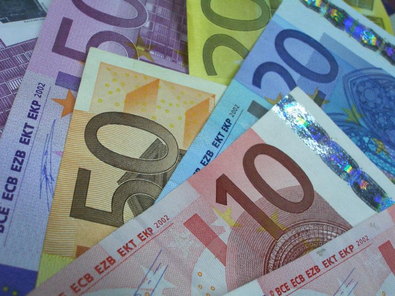 Berechnen Sie mit einem Kreditrechner Ihre Rückzahlung eines Darlehens