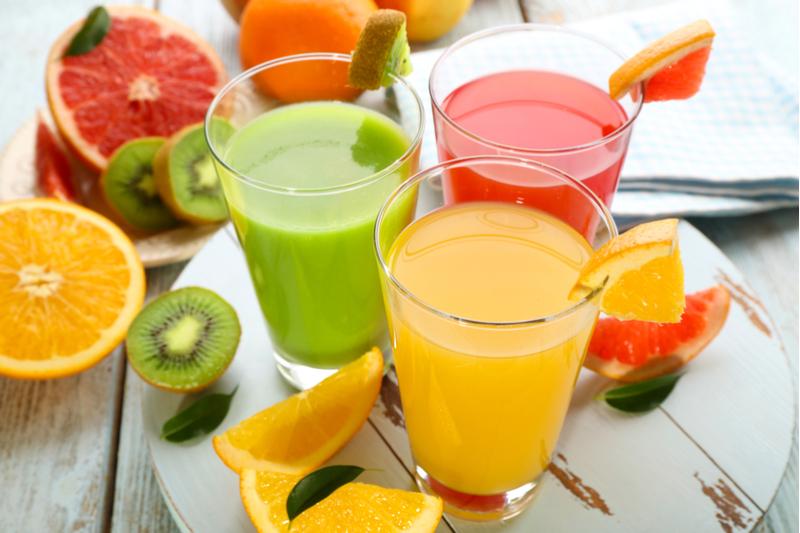 Warum sollten Sie die Finger von einigen Arten Fruchtsaft lassen