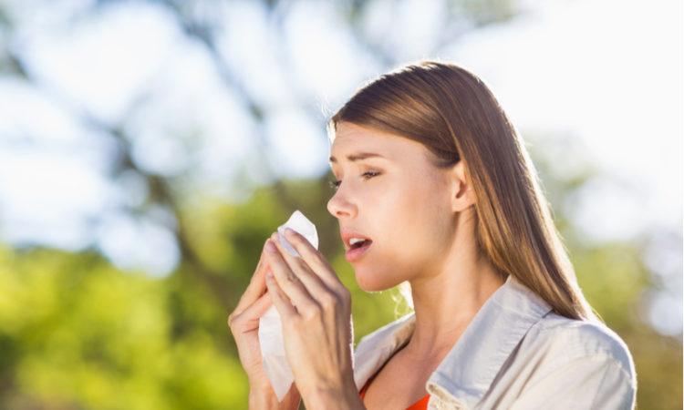 Was tun gegen Heuschupfen Wirksame Behandlungsmethoden und Hausmittel